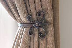 Hanging Curtain Tie Backs How To Put Up Curtain Tie Back Hooks Savae Org