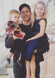 Tarek And Christina El Moussa by Tarek El Moussa Files For Divorce What U0027s Next For The Couple