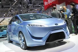 lexus toyota 2015 precio toyota says its 2015 fcv r fuel cell car will cost between 50 000