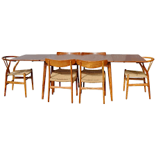 impeccable quality hans wegner drop leaf dining table with six