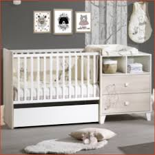 chambre bébé winnie l ourson chambre bebe winnie inspirational winnie l ourson tiroir de lit biné