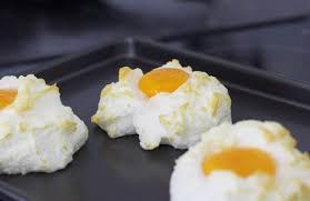 organic cloud eggs video recipe the devon foodie