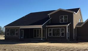 kings gate darryl hall homes community in florence sc in keeping with the elevated standards established at its inception the latest phase of the development will be debuting the newest single family home