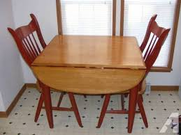 Red Kitchen Table And Chairs Kitchen Table 4 Chairs 2017 Grasscloth Wallpaper