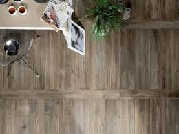 Tile That Looks Like Wood by Home Design Magic Ceramic Tile That Looks Like Hardwood Wood In