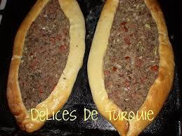 cuisine de turquie pide à la viande etli pide délices de turquie et d ailleurs