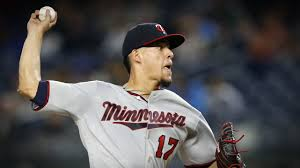 miscues doom twins in 5 2 loss to yankees
