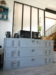 etabli cuisine quand le vestiaire industriel devient meuble de cuisine vestiaire