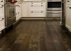 wood plastic composite flooring click lock vinyl floor tile