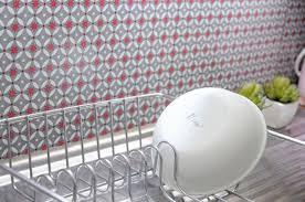 plaque murale pvc pour cuisine la crédence adhésive copier coller inspiration cuisine for