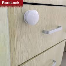 child proof cabinet locks no drilling