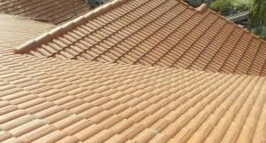 Terracotta Tile Roof Roof Repairs U0026 New Roofs In Miami Flat Tile Vs Barrel Tile Roofs