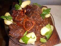 cuisiner jarret de boeuf recette de jarret de boeuf au vin et paprika