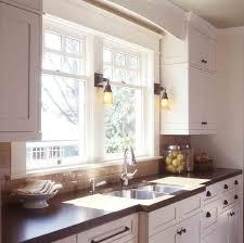 Kitchen Windows Design by Best 25 Craftsman Style Kitchens Ideas On Pinterest Craftsman