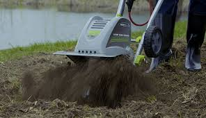 earthwise tc70001 corded electric 8 5 amp tiller cultivator