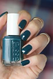 essie winter 2016 getting groovy collection review swatches