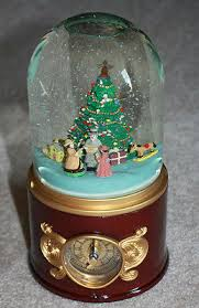 mr gold label collection musical snow globe