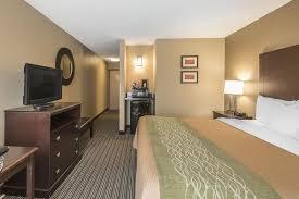 Comfort Inn Kc Airport Comfort Inn U0026 Suites Worlds Of Fun Kansas City Mo Booking Com