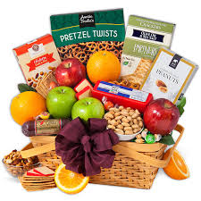 vegetarian gift basket nature s picnic fruit gift basket by gourmetgiftbaskets