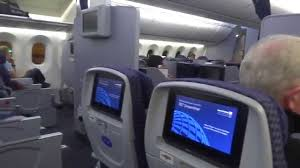 Boeing 787 Dreamliner Interior Inside United Airlines Boeing 787 8 Dreamliner Youtube