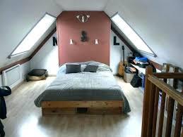 chambre comble chambre sous combles couleurs visualiser chambre sous comble chambre
