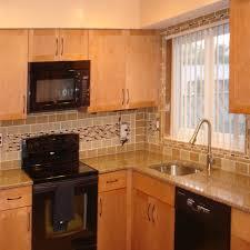 kitchen backsplash with light brown cabinets kitchen backsplash pictures subway tile outlet