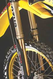 motocross action mag 2018 suzuki rm250 two stroke re imagined aesenal mx