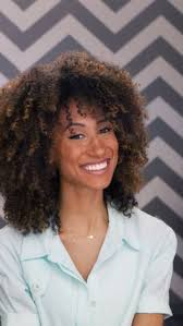 lorraine massey haircut watch 3 steps to the perfect curly cut teen vogue video cne