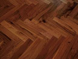 Laminate Parquet Flooring Hardwood Floor Vs Laminate U2013 Which One Is The Winner Interior