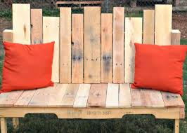 How To Make A Table Out Of Pallets 77 Diy Bench Ideas U2013 Storage Pallet Garden Cushion Rilane