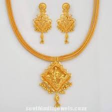 stylish gold earrings stylish gold floral necklace with earrings necklace collections