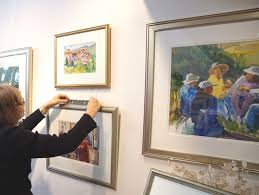 hang art how to hang pictures like a pro gallery system tips