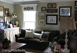 My Family Room Gallery Wall Daisymaebelle Daisymaebelle - Family room photo gallery