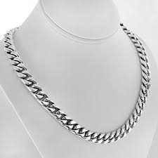 necklaces for what are the coolest and best necklaces for men