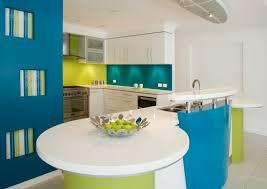 cuisine turquoise crédence cuisine 91 idées pour agrémenter sa cuisine