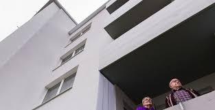 Wohnzimmer Bremen Jobs Altersgerechte Umbauten In Der Eigenen Wohnung Politik Und