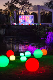 Botanical Garden Naples by Naples Botanical Garden Brightens Up The Holidays With Sparkling