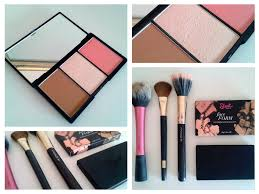 fair 9 99 sleek makeup face form contouring and blush palette review swatches a few days ago i popped into boots armed with a 30 gift voucher that i