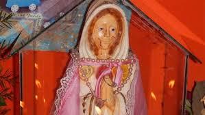 imágenes religiosas que lloran sangre la iglesia católica investiga una estatua de la virgen maría que
