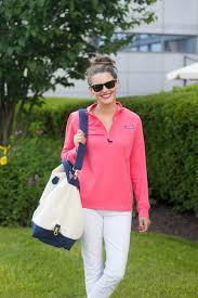 vineyard vines summer staples for a weekend getaway