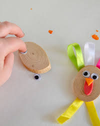 fall crafts for kids to create pieces that you will actually use