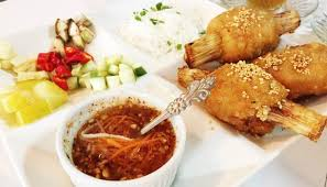 cuisine kitch คร วเว ยต เว viet hue kitchen ถนนนราธ วาสราชนคร นทร now