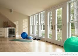 imagenes estudios yoga ideas para diseñar amueblar y decorar un gimnasio o estudio de yoga