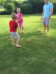 10 best outdoor games for families tone and tighten