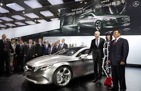 mercedes benz ceo two mercedes benz world premieres at auto china 2012