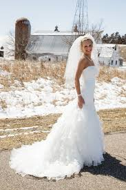 blonde brides what color dress are you wearing post your pics