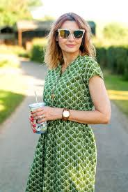 how to successfully clash preppy and boho style in summer not