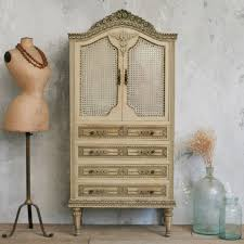 Armoire Dictionary 116 Best Armoire Amore Images On Pinterest Painted Furniture