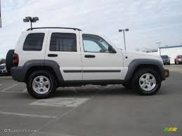 liberty jeep 2005 stone white 2005 jeep liberty crd sport 4x4 exterior photo