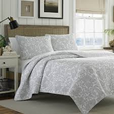 Bedspreads King Amazon Com Tommy Bahama Island Memory Gray Quilt Set King